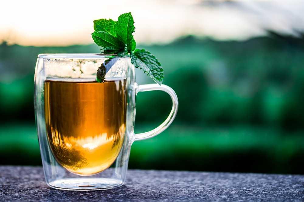 Tee mit Honig und Minze - myriams-fotos, pixabay